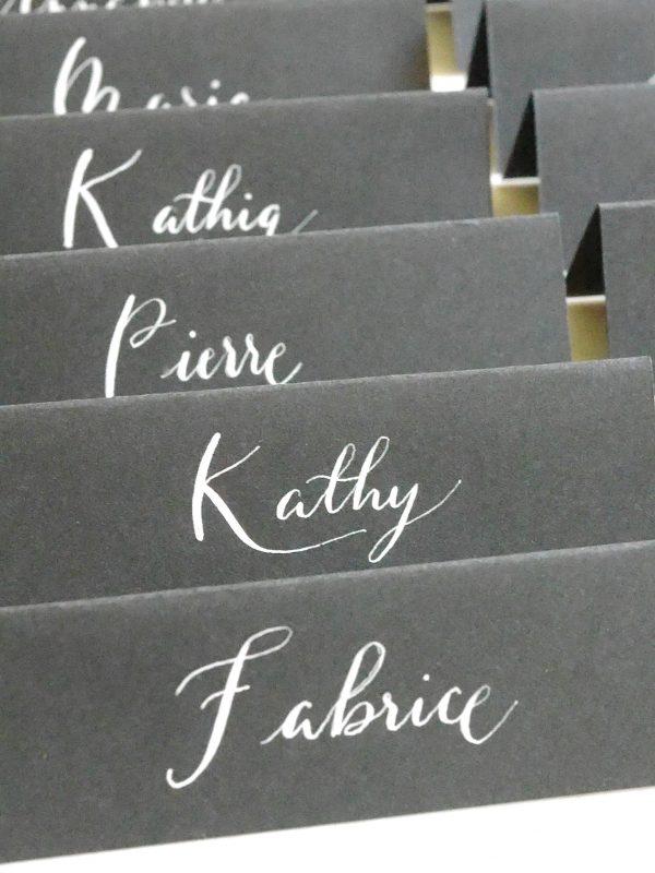 chevalet de table noir et blanc personnalisé, calligraphie moderne