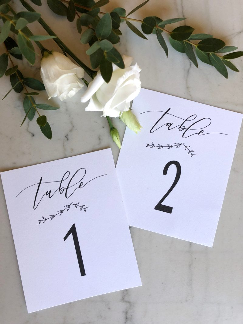 Marque Table Mariage Noir Et Blanc Numero De Table Calligraphie