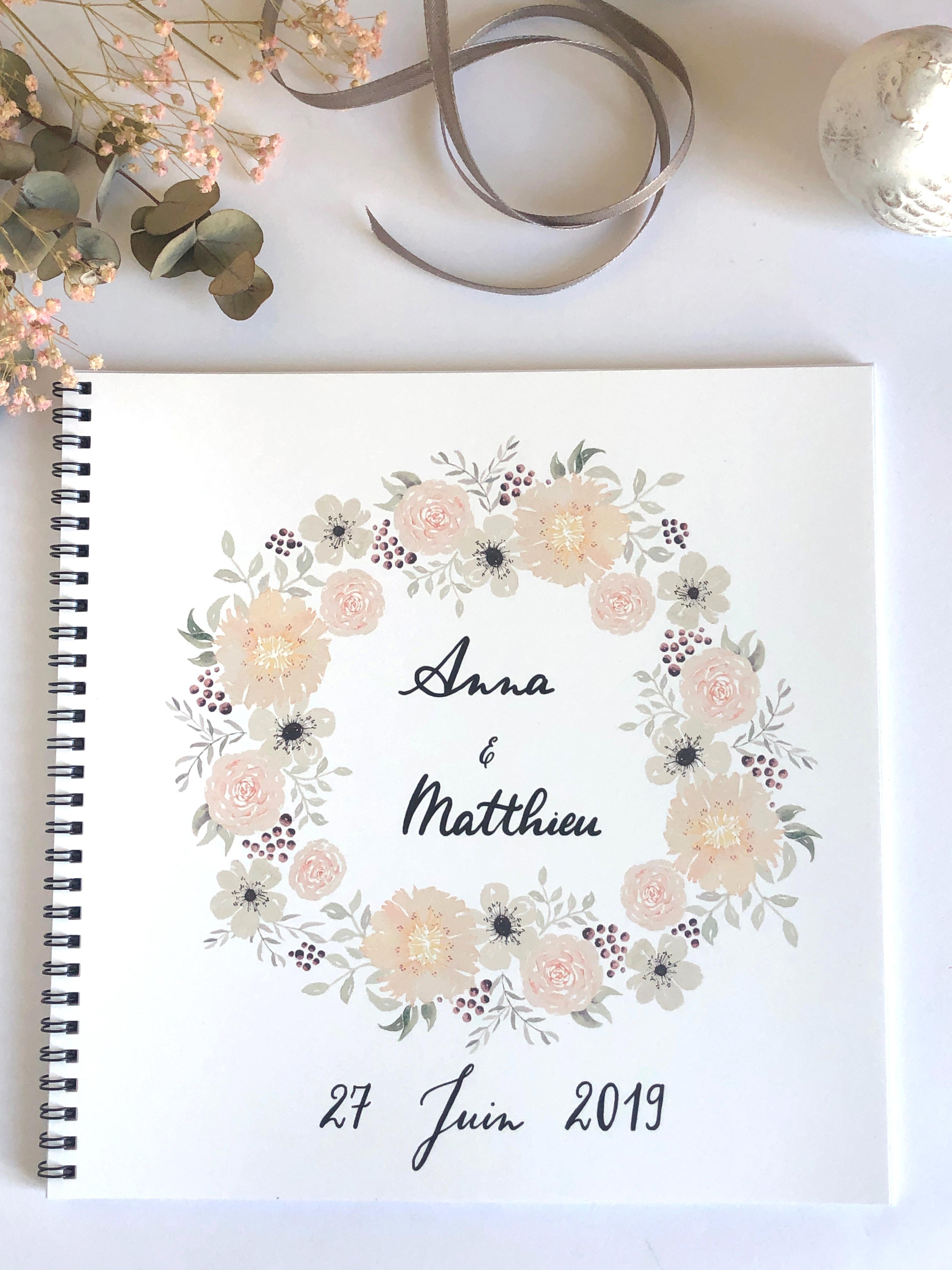 Livre D Or Pour Mariage Personnalise Avec Couronne De Fleurs